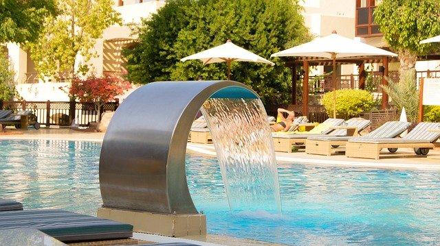 hotel u bazénu