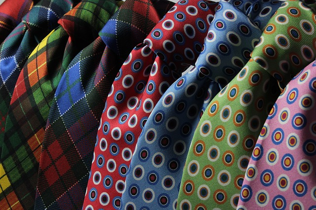 kravaty se vzory.jpg