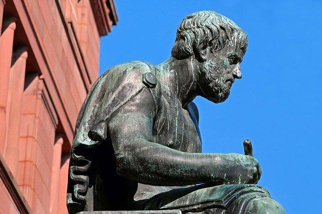 Aristotelova socha