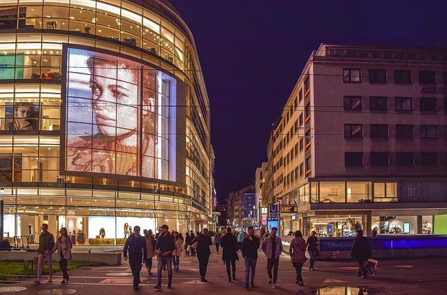 reklama a město