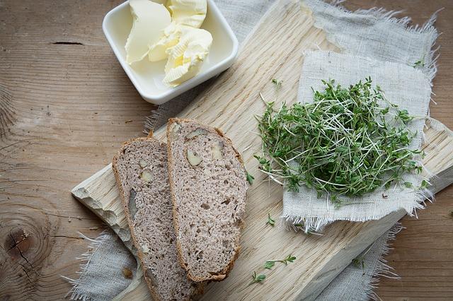 řeřicha s chlebem